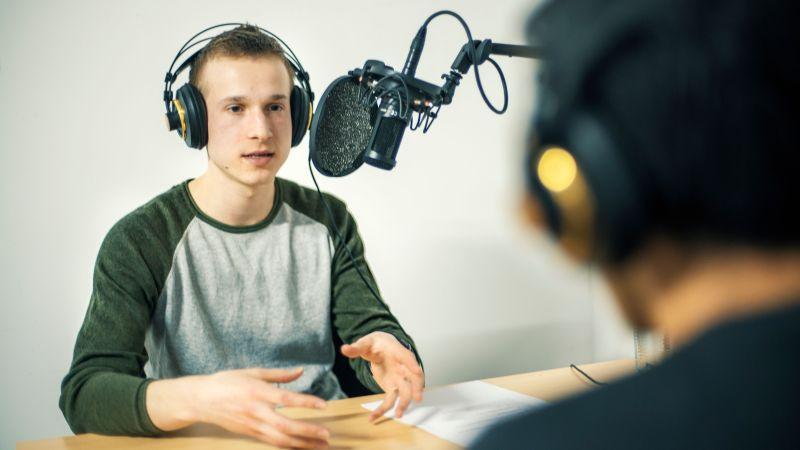 Integration, Radio, Heimat
