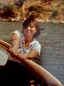 Als Jugendliche im Boot im Türkeiurlaub